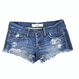 A&F distressed jean shorts size 2/26